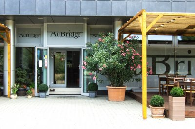 AuBridge restaurant
